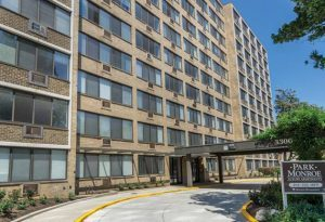 the-park-monroe-apartments-exterior