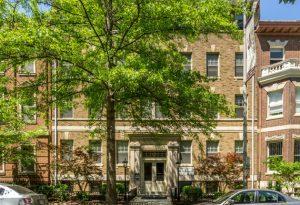 the-preston-apartments-exterior