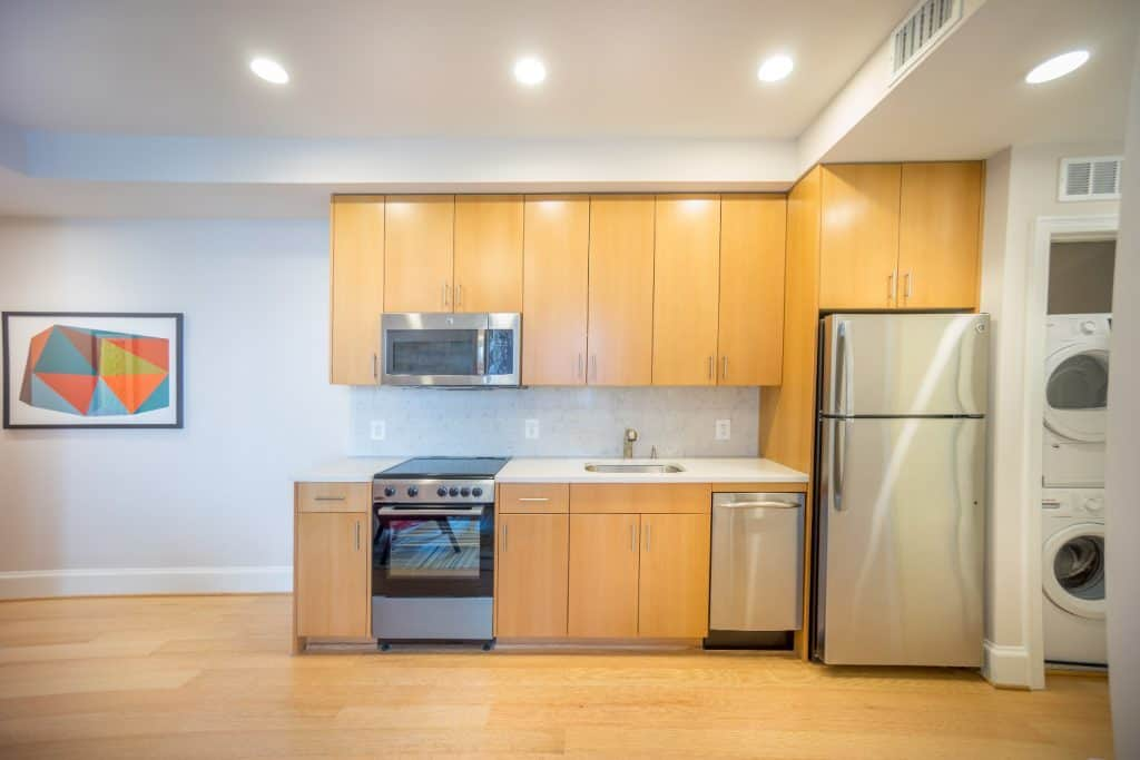 Sutton Plaza Apartment Kitchen