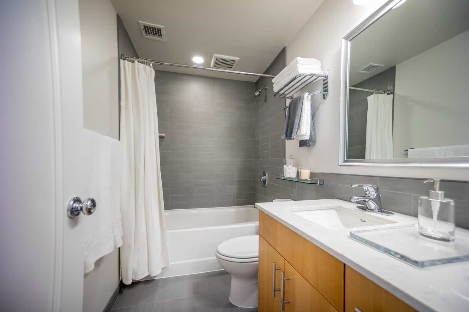 Bathroom In An Apartment In The Santa Rosa Building
