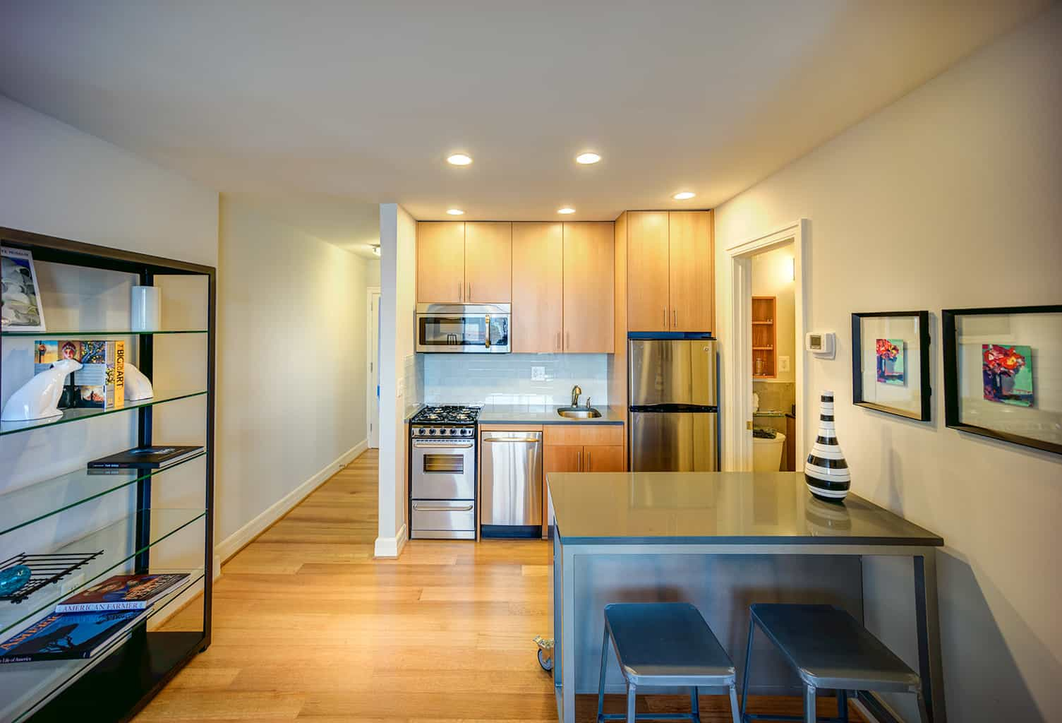 The Sutton Plaza Apartment Kitchen
