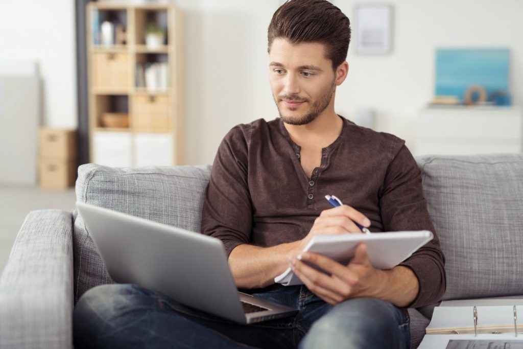 Man Looking For Apartments Online